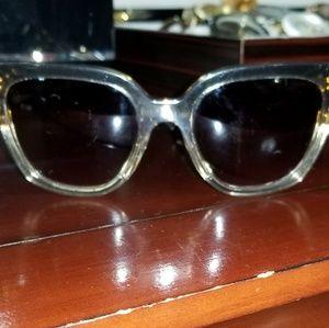 4421dcacbb8 Louis Vuitton Accessories - Louis Vuitton Audrey 3 Layer